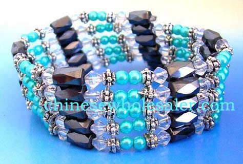Wholesale hematite distributers supplying direct from China. Clear rhinestones, blue pearl beads, designed silver beads, and faceted cylinder shape magnetic hematite beads inlaid