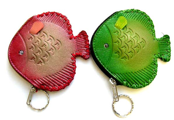 Fashion products manufacturer in China wholesale supply key chain purse watch in fish or butterfly pattern