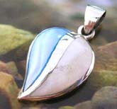 925. sterling silver heart love pendant with golden line central decor half blue and half yellow mother of pearl seashell inlaid