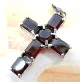 4 retangular and 1 rounded garnet stone forming cross trendy fashion design sterling silver pendant