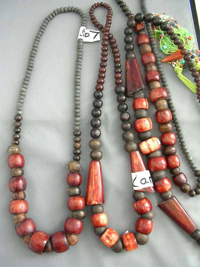 Colored Wooden Bead Necklace Wear Wooden Bead Necklace